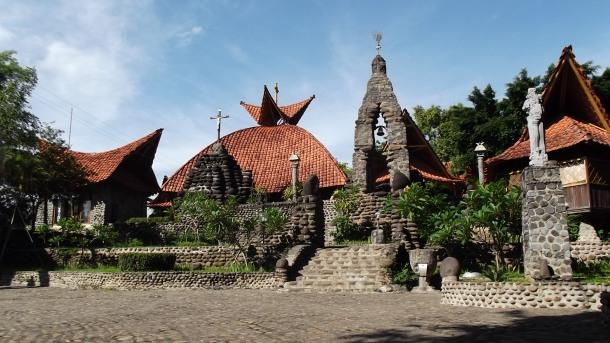 Gereja Pohsarang di Kediri